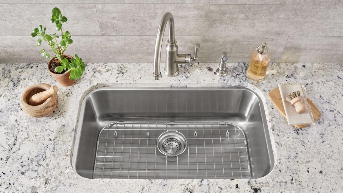 Portsmouth Kitchen Sink and Sink Grid